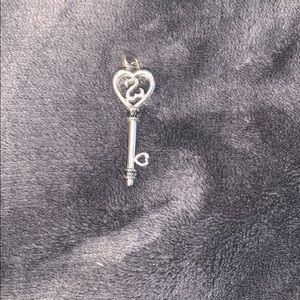 Kay jewelers open heart pendant
